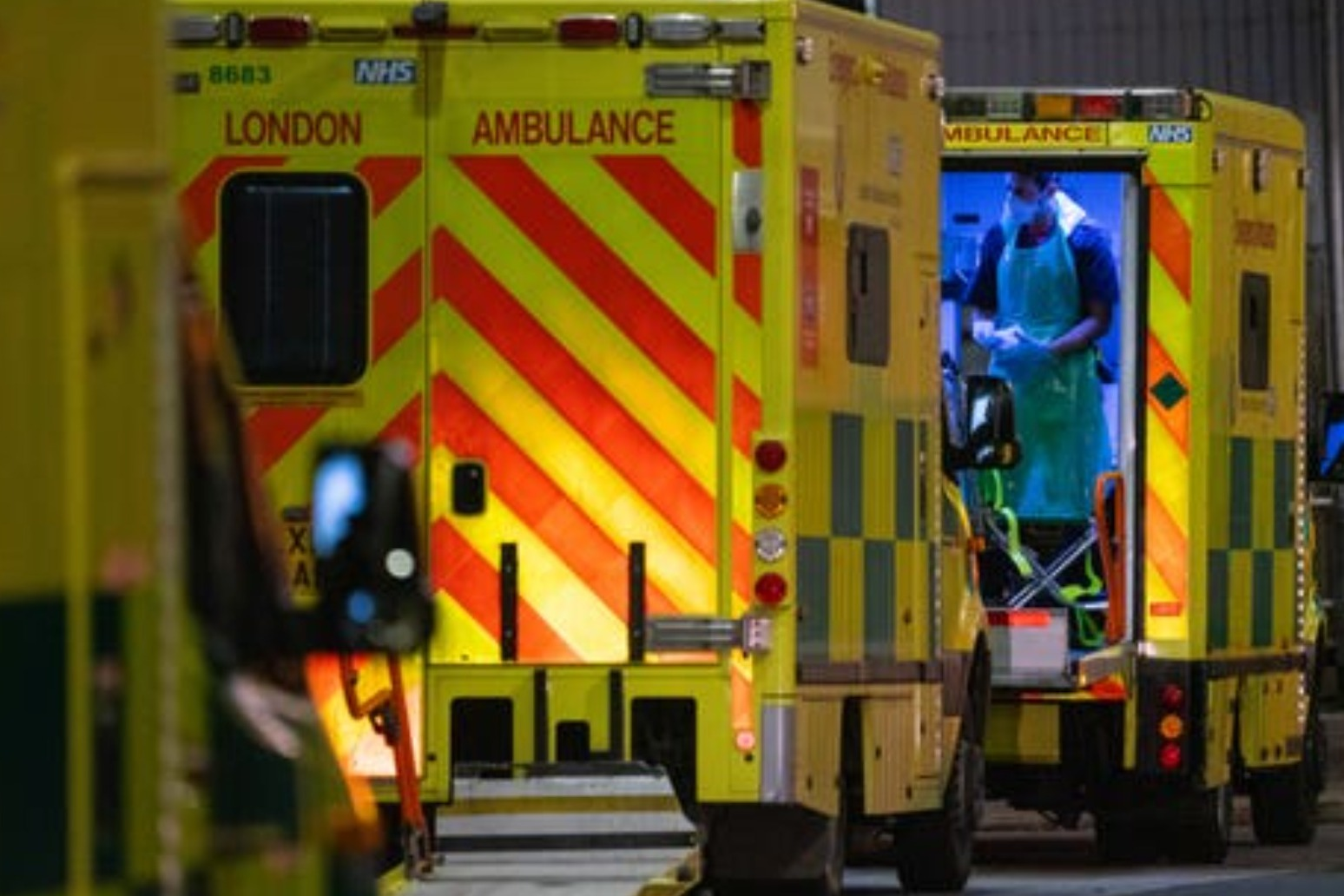Scientists warn Covid deaths will continue to rise after record daily toll